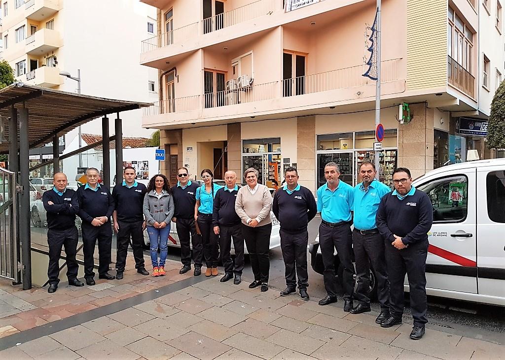 El ayuntamiento de los llanos mejora y moderniza el for Oficina municipal del taxi