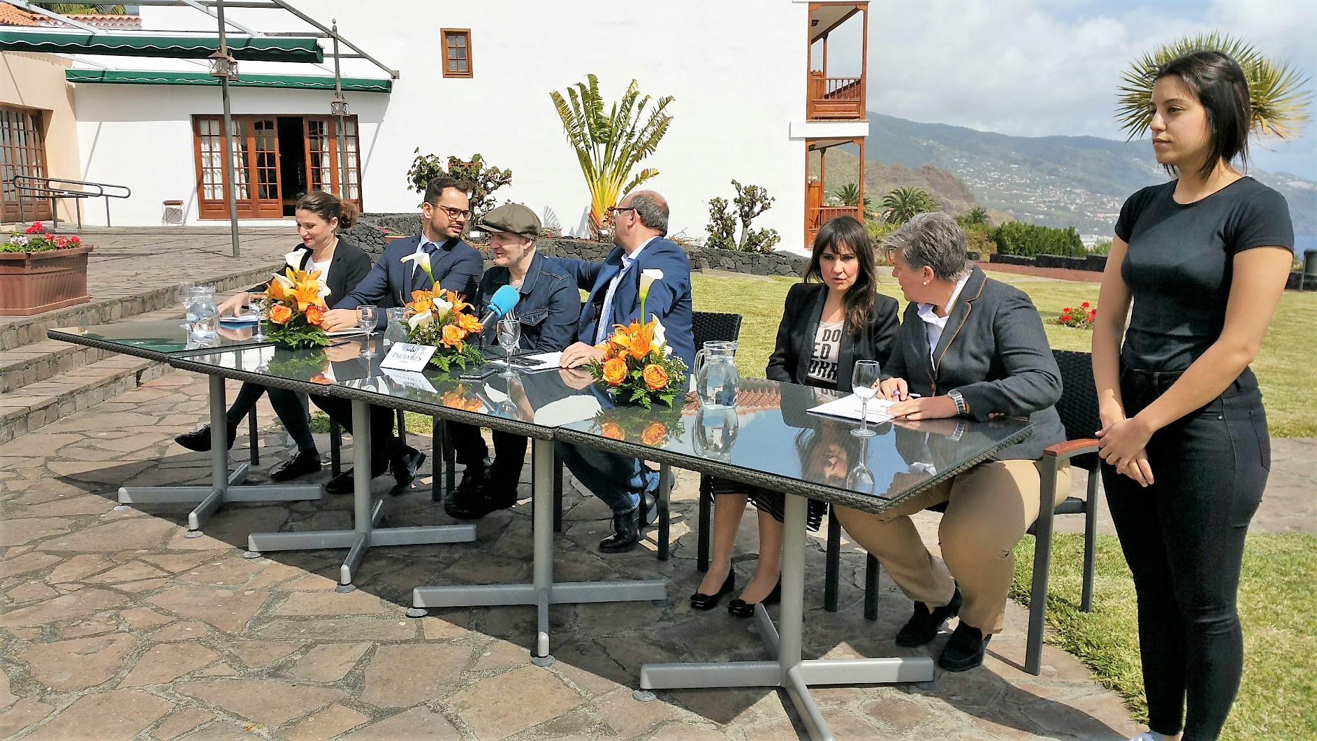 Un momento de la presentación del proyecto social del Love Festival en el Parador.