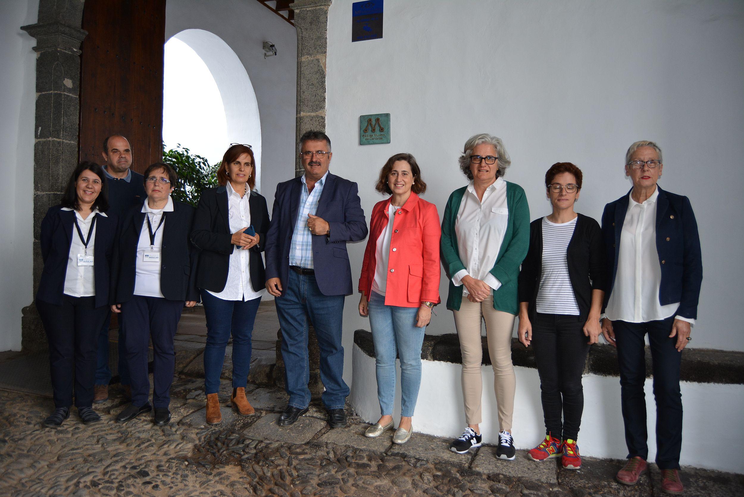 160518 Placa de Bronce Red de Museos de Canarias para el Museo Insular de La Palma 1