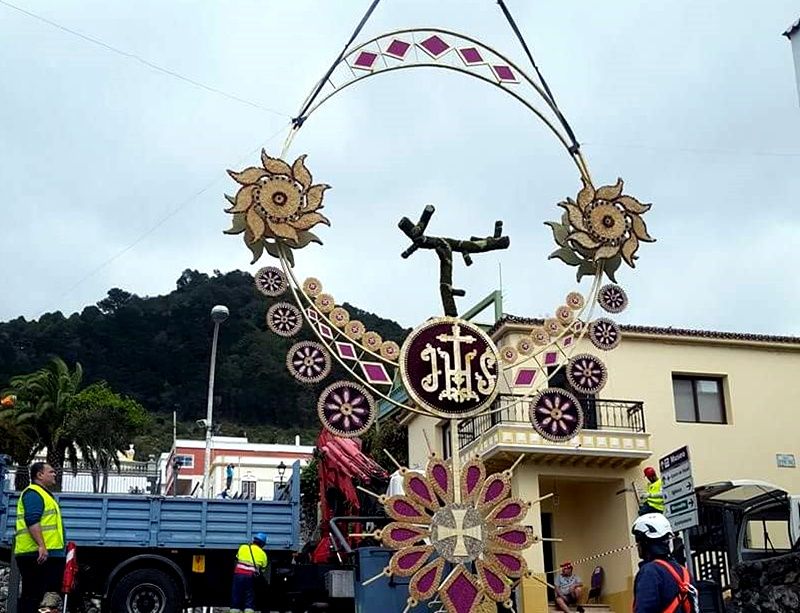 El Cuerpo de Cristo ya recorre las calles de Tomelloso