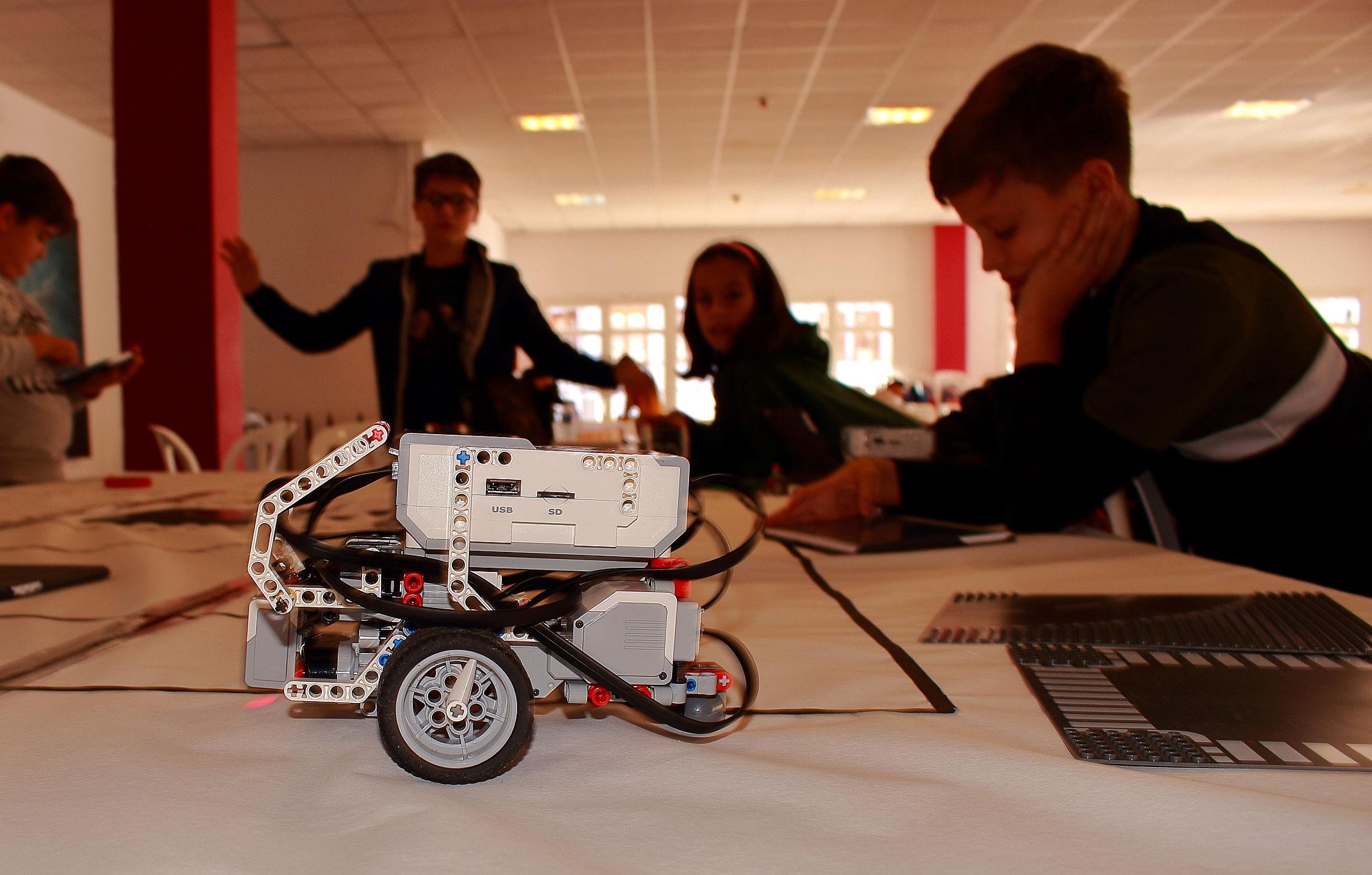 Talleres robotica ciudad inteligente lego 2