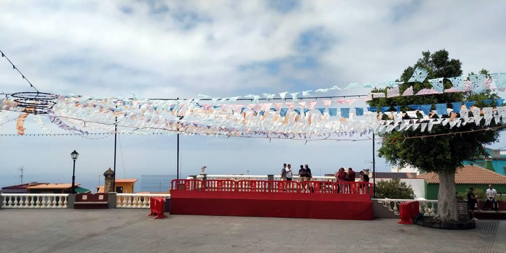 Plaza de la Candelaria, adornada para la ocasión.