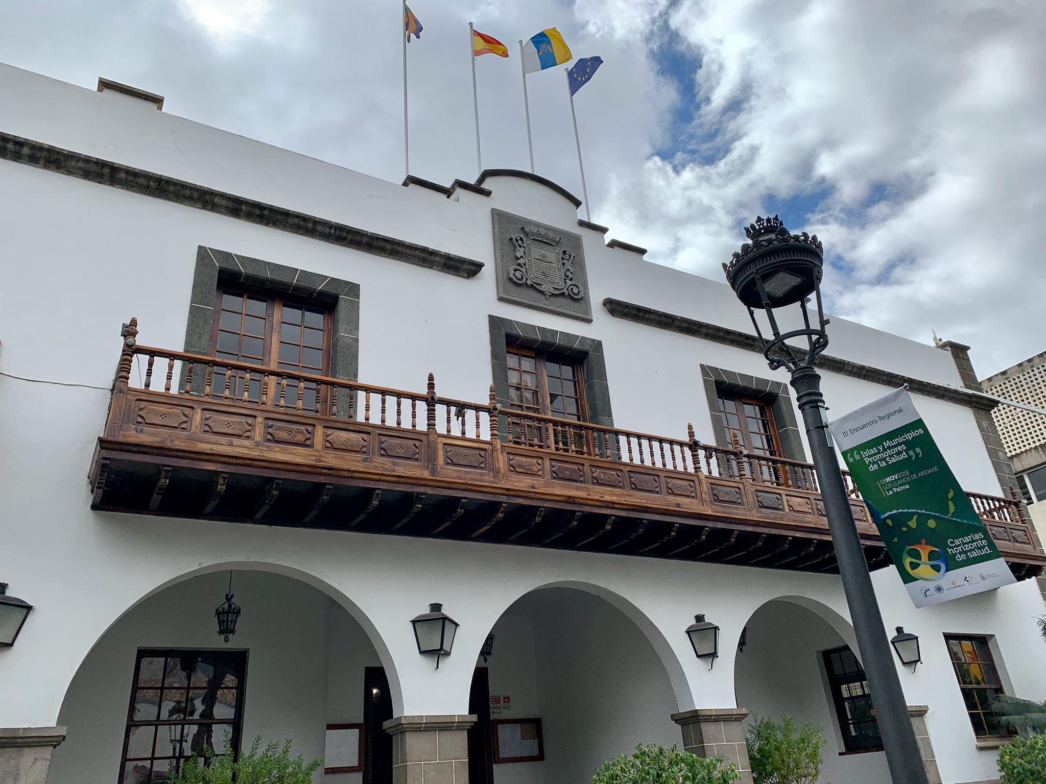 El Ayuntamiento de Los Llanos contratará a 50 profesionales con cargo al nuevo Plan Extraordinario de Empleo Municipal - elapuron.com
