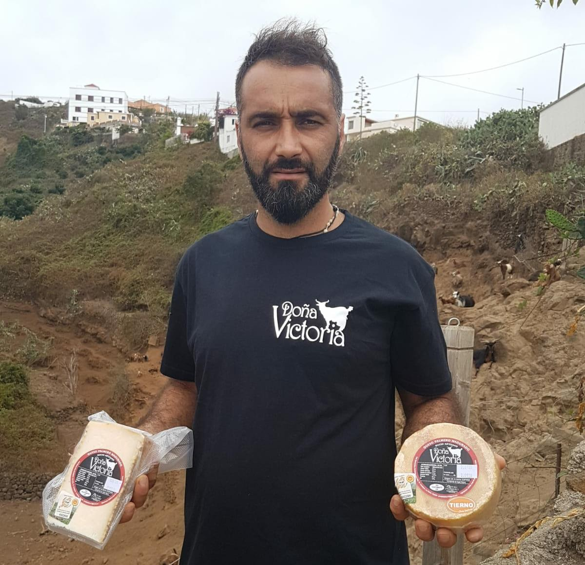 Quesos Doña Vicotira elaborador por José Manuel Abreu Rodríguez.