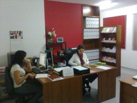 Infosida pide la colaboraci n ciudadana para poder seguir for Oficina zurich los llanos de aridane