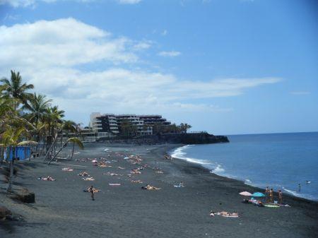 La playa de puerto naos seguir sin dique por un tiempo el apur n - Sol la palma puerto naos ...